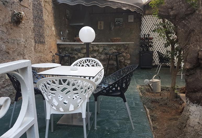 Ambassy Hôtel, Kenitra, Taras/patio