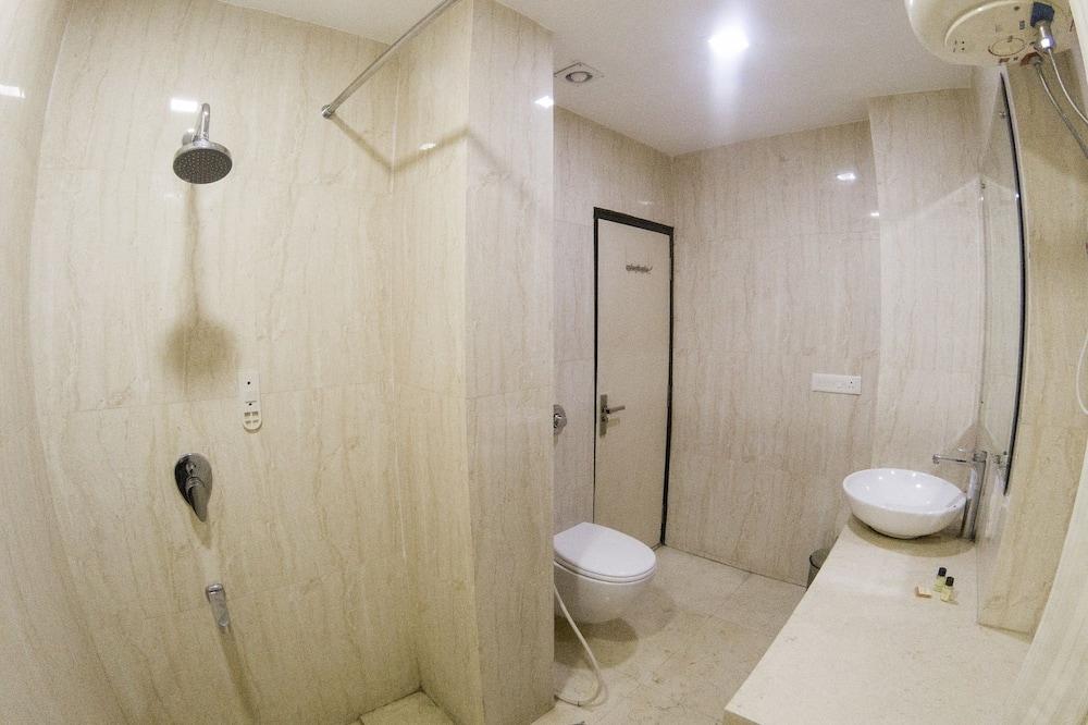 Luxury-Doppel- oder -Zweibettzimmer - Badezimmer