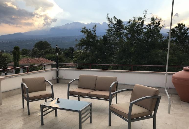 My Sweet Holiday House, Mascali, Terrace/Patio