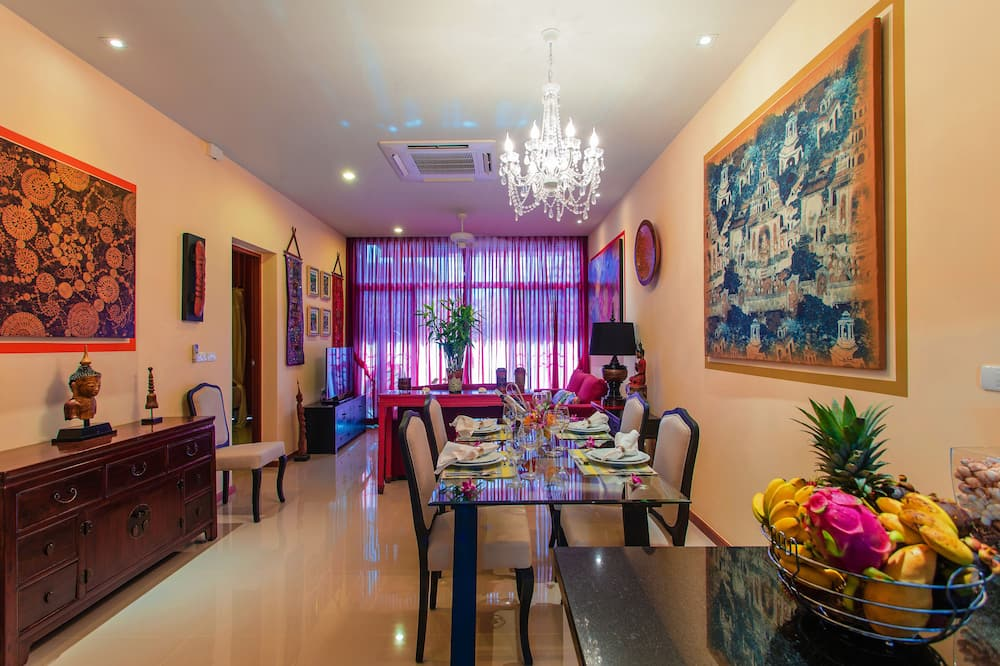 Luxury 2-Bedroom Private Pool Villa - Refeições no Quarto