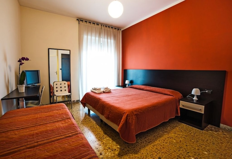 Bed & Breakfast Corso di Francia, Rome, Double or Twin Room, Guest Room