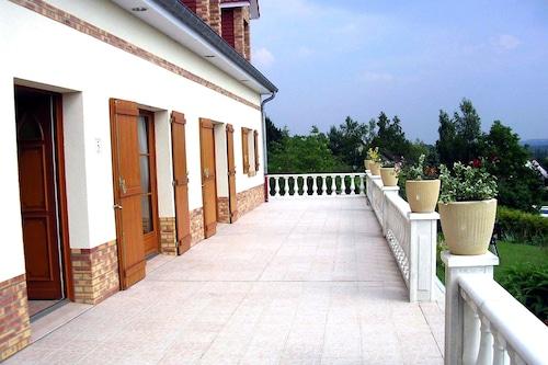 芙盧耶宅邸飯店/