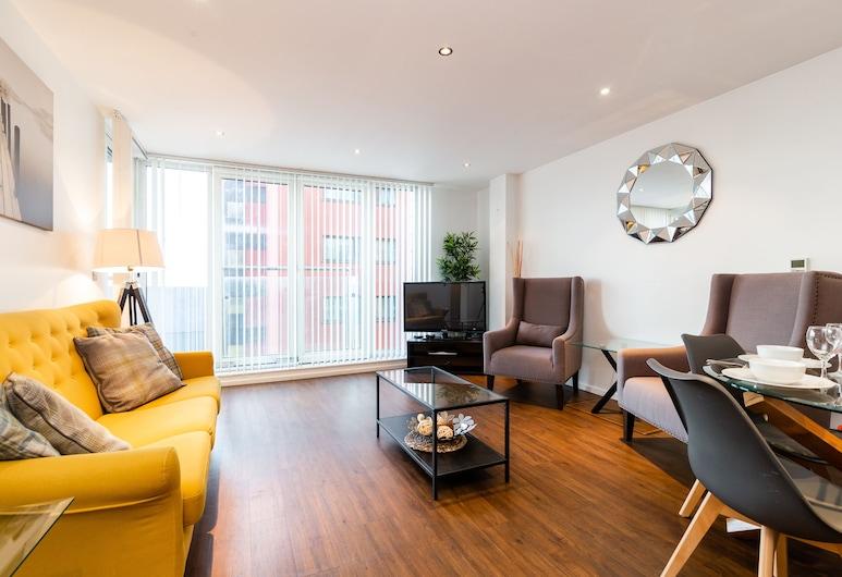 Austin David Apartments - Le Reposant, London, Apartment, 2 Bedrooms, Living Area