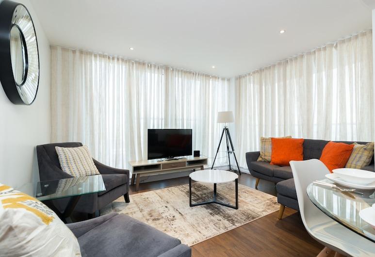 SkyViews by Austin David Apartments, London
