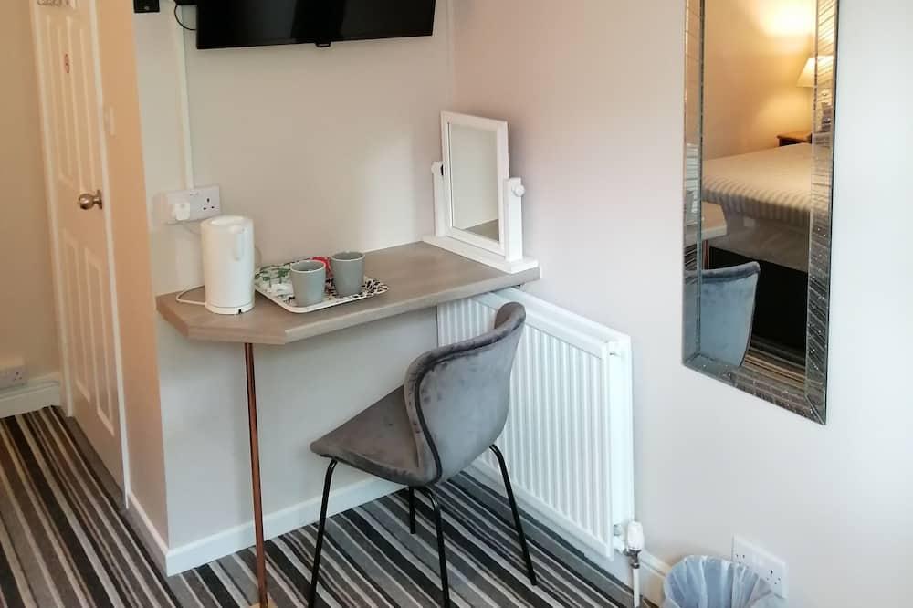 Dvivietis kambarys (2 viengulės lovos), Nerūkantiesiems - Vonios kambarys