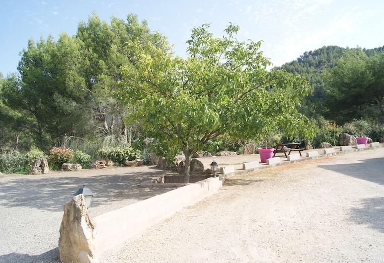 Appart hôtel les rochers, Auriol, Garden