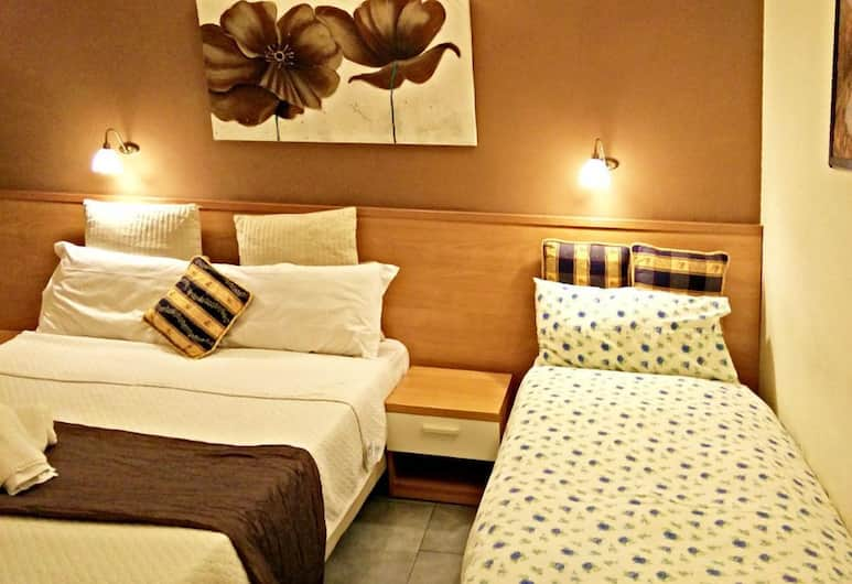 A&F Colosseo, Rome, Triple Room, Guest Room