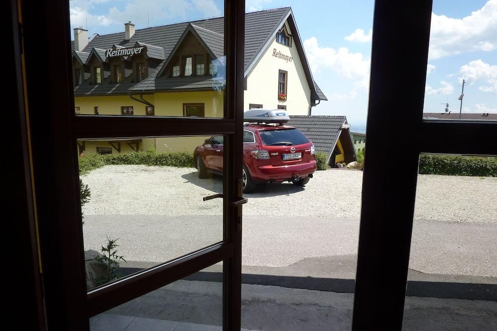 Apartment, Kitchenette - Bilik Tamu