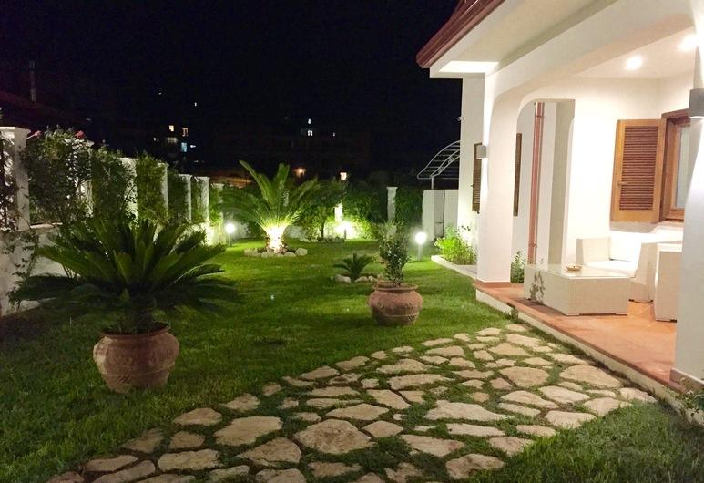 Villa Il Barone, Tropea, Façade de l'hôtel - Soir/Nuit