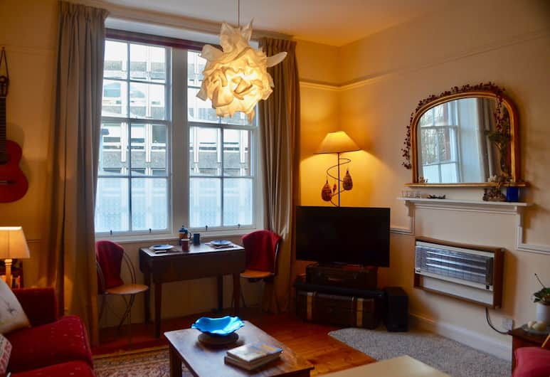 1 Bedroom Flat In Edinburgh, Edinburgh