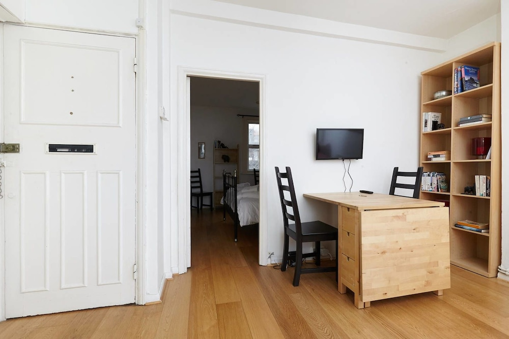 East London 1 Bedroom Flat With Terrace London 2018 Updated Price