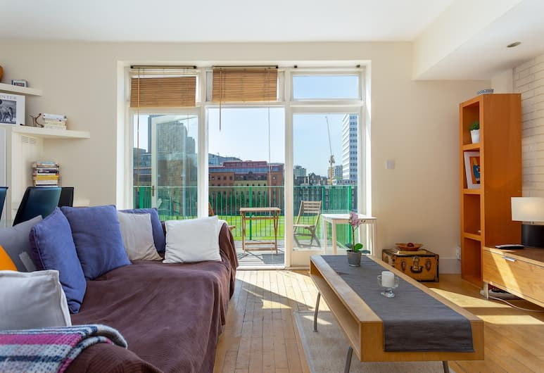 2 Bedroom Flat in Central Location, Shoreditch, London