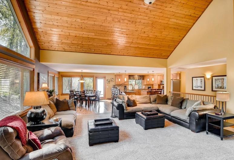 Evergreen Mountain Lodge, Cle Elum, Chalet, Wohnbereich