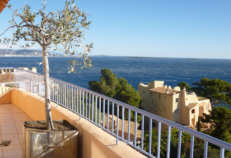 Agence la Galère - Appartement Cedrats, Theoule-sur-Mer, Terasa / vidinis kiemas