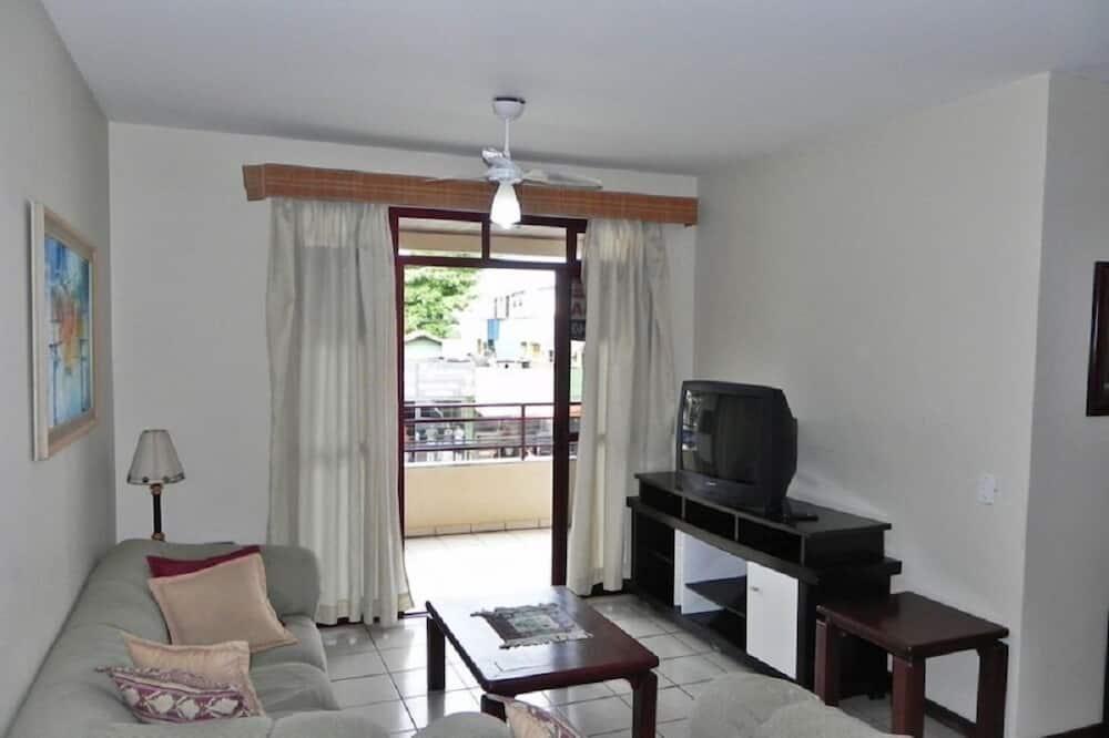 Apartment (1003) - Living Room