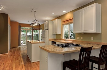 Picture of Seattle Vacation Home: The Vineyard in Seattle