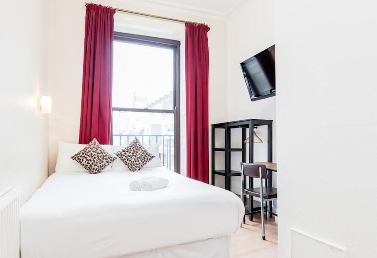 Russell Square Hotel, London, Basic Double Room, 1 Double Bed, Shared Bathroom, Guest Room