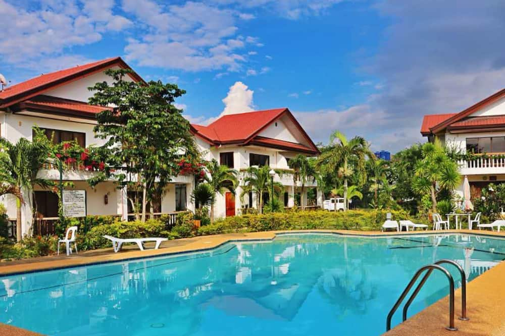 Family Villa, Multiple Bedrooms - Guest Room