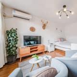 Cozy Apartment Best Location 302