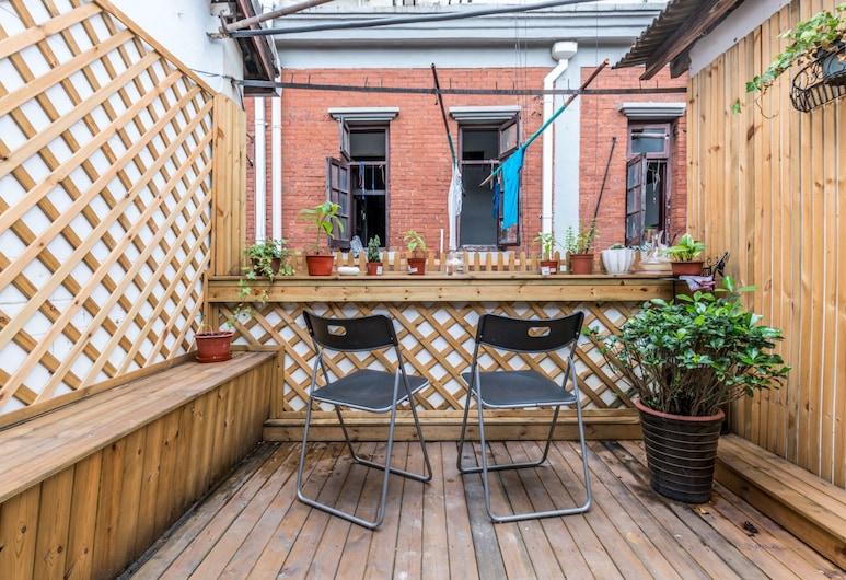 Cozy Apartment Best Location 6133, Shanghai, One-Bedroom Apartment, Terrace/Patio