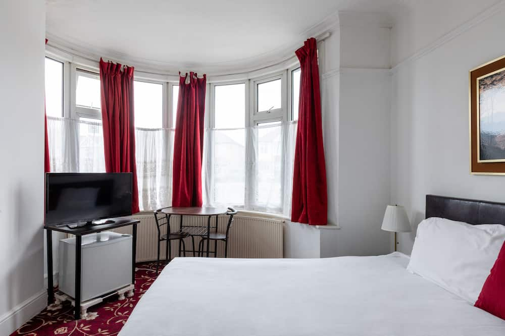Standard Triple Room - Guest Room