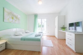 Obrázek hotelu Apartmani Nikolina ve městě Hvar