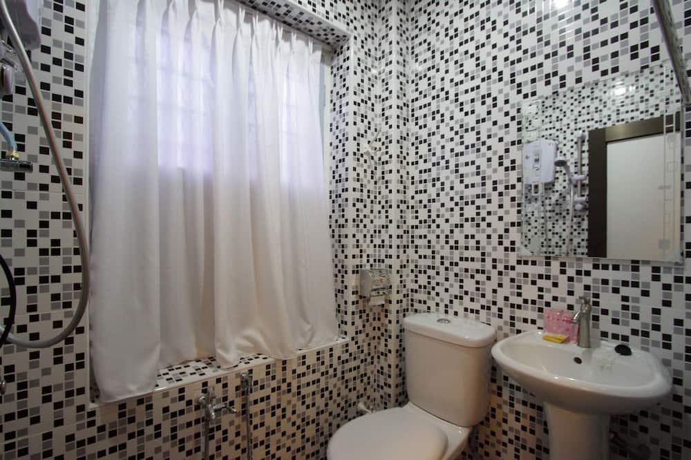 Familienzimmer (5 Pax) - Badezimmer