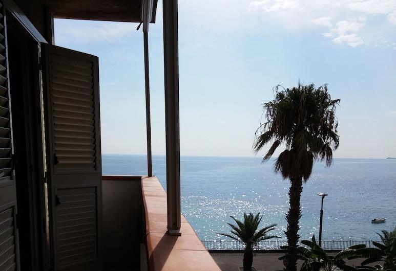 แอครอน บีแอนด์บี, Sant'Alessio Siculo, อพาร์ทเมนท์, 2 ห้องนอน, ระเบียง