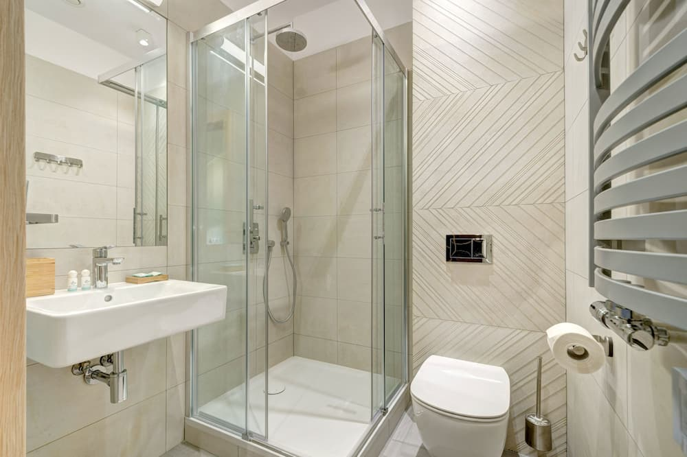 Double or Twin Room, Park View - Bathroom