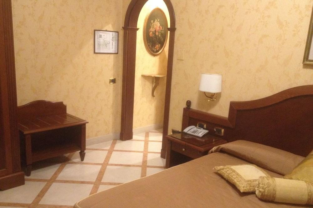 Phòng Suite, Bồn tắm thủy lực - Bồn tắm thủy lực