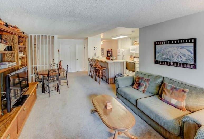 Crestview 49 - Two Bedroom Condo, Mammoth Lakes