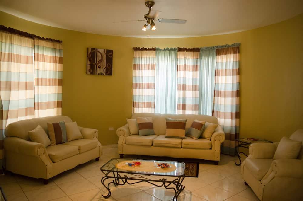 Vila - Ruang Keluarga