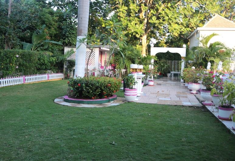 Hibiscus Hostel, Montego Bay, Giardino