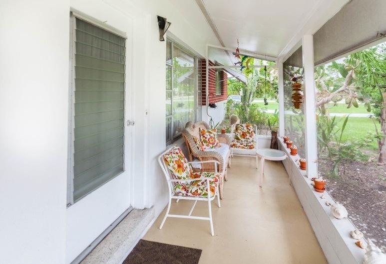 92 세컨드 코티지 #247129 - 2BR 홈, 보니타 스프링스, 하우스, 침실 2개, 테라스/파티오