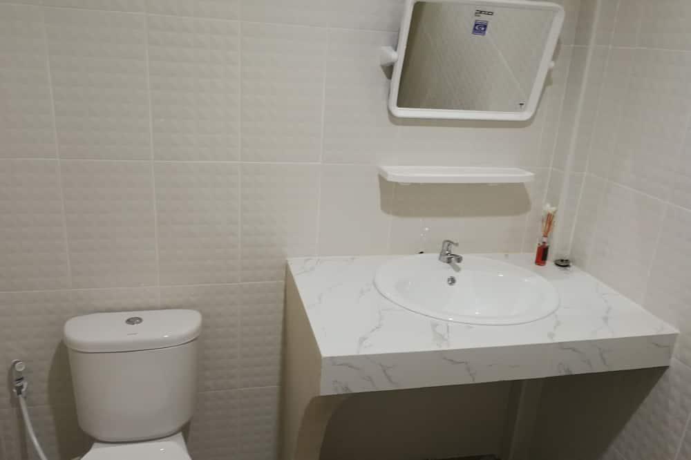 Basic House - Bilik mandi