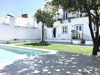 Picture of Dona Graca Lisbon Apartments in Lisbon