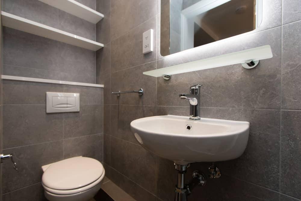 Lägenhet Classic - 5 sovrum - balkong (3/4 Double Bed - 120cm wide) - Badrum