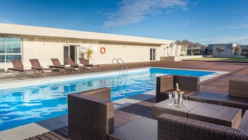 Picture of Lagoon Beach Hotel Apartments in Cape Town