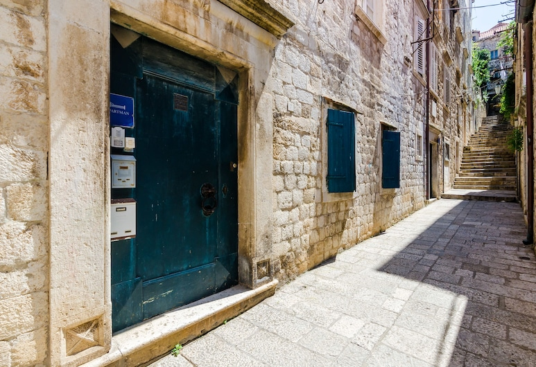 Old Town Baroque Palace Accommodation, Dubrovnik, Entrada (parte interna)