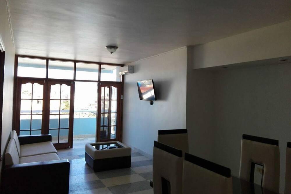 컴포트 아파트, 침실 2개 - 거실