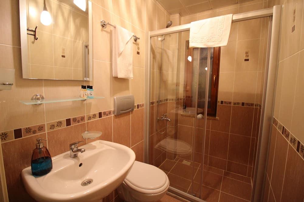 Номер «Эконом», 1 спальня - Ванная комната