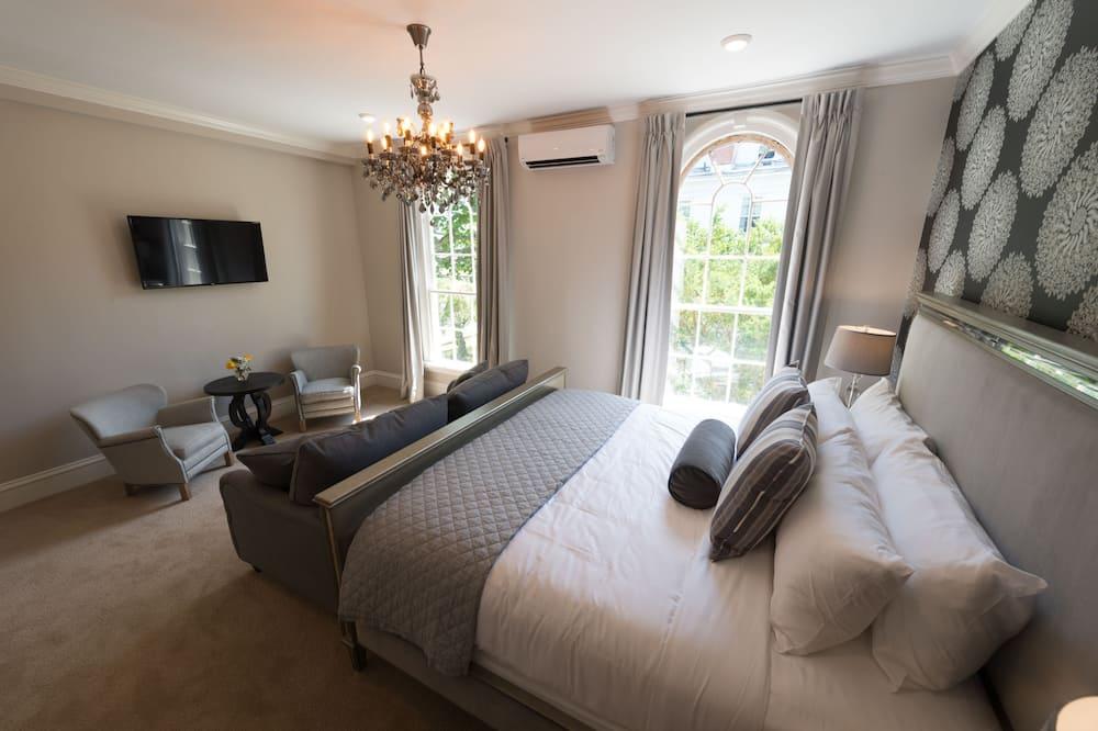 Room 9 - Guest Room