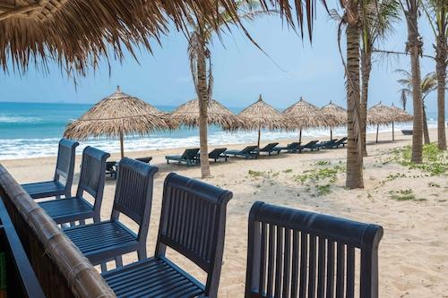陽光安邦海灘度假村及