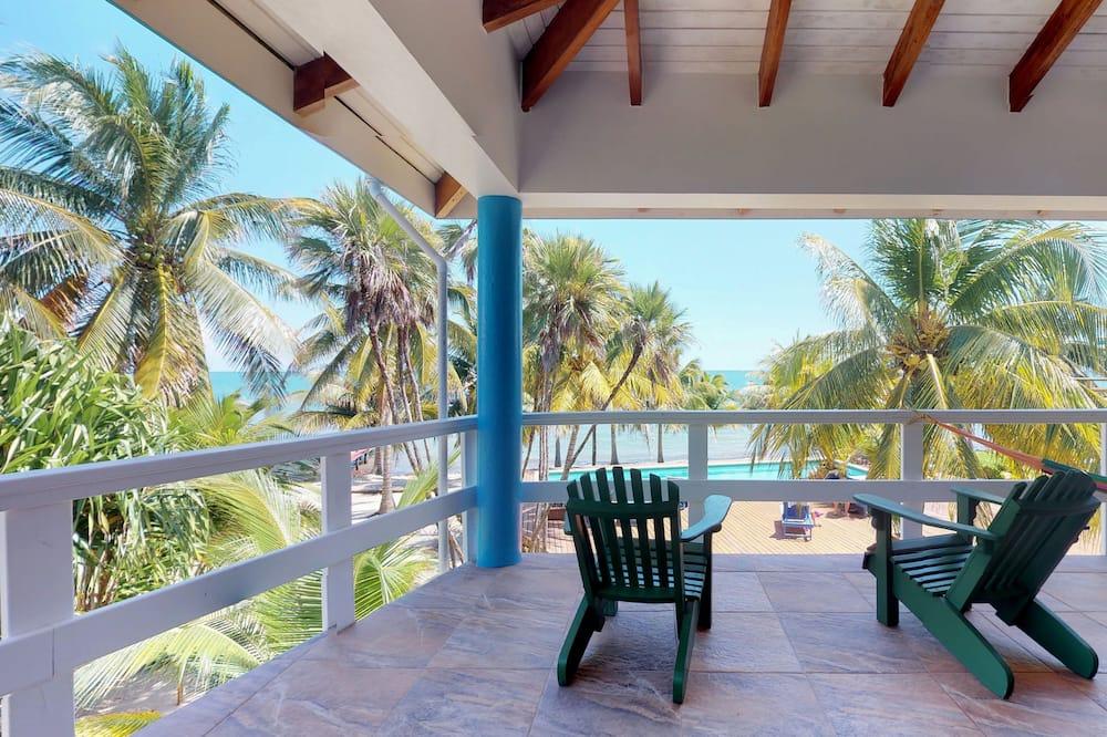 Deluxe Condo, 1 Bedroom, Non Smoking, Beach View - Terrace/Patio