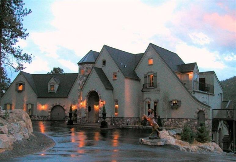 Arrowhead Manor Bed & Breakfast Inn & Event Center, Morrison