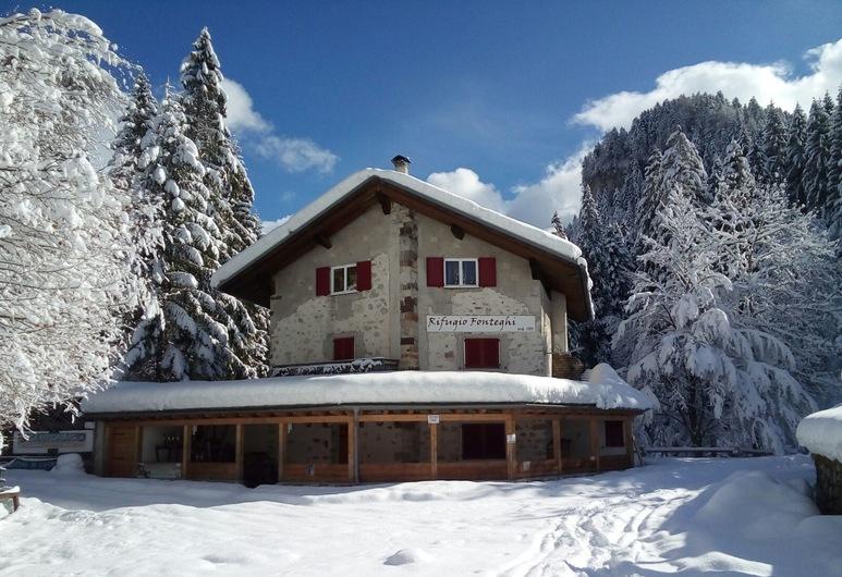 Rifugio Fonteghi, Mezzano, Hotel Front