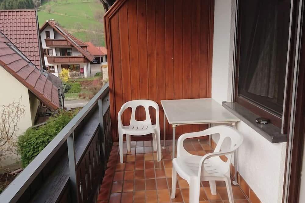Basic Double Room, Ensuite (Klein) - Balcony View
