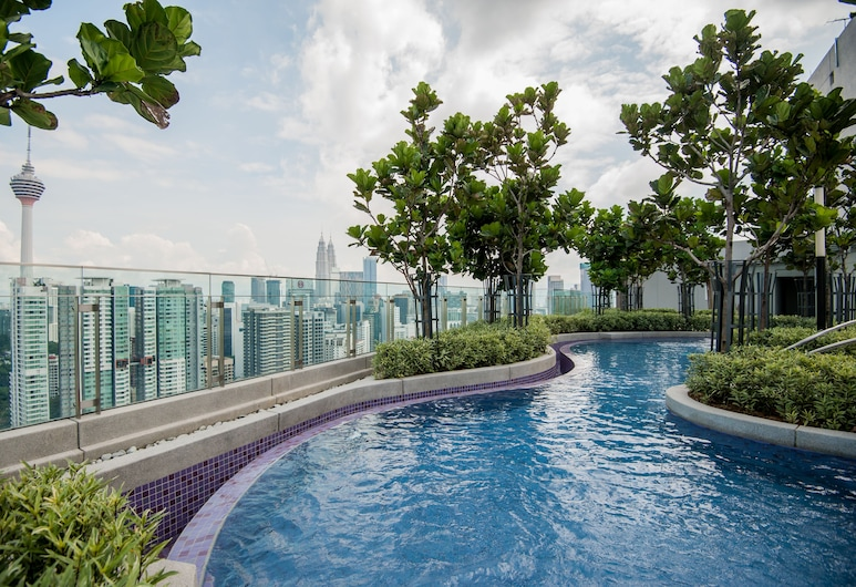 The Robertson Residence by Widebed, Kuala Lumpur, Property Grounds