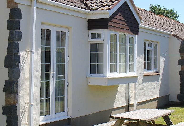 Briquet Cottages, St. Saviour (Guernsey), A szálláshely bejárata
