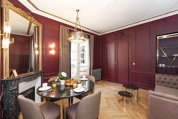 Paris bölgesindeki Champs Elysées - Lincoln Appartements resmi